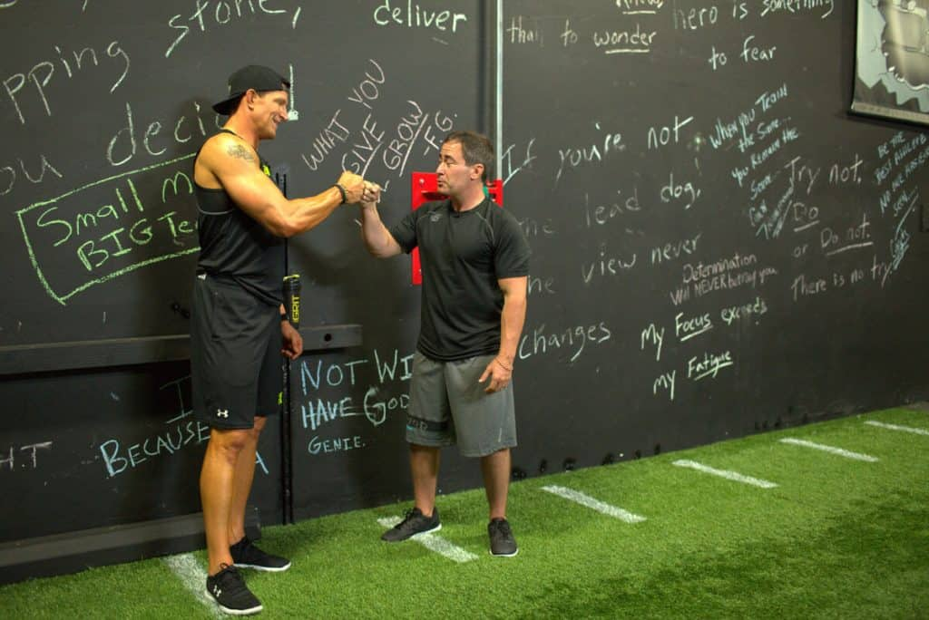 Steve Weatherford Nick Tuminello True Muscle Trainer Workout 4 Nick Instructing 006 WEB